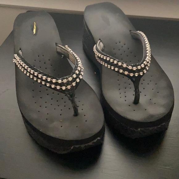Women's Volatile Mallory Style Sandel/Flip Flop.